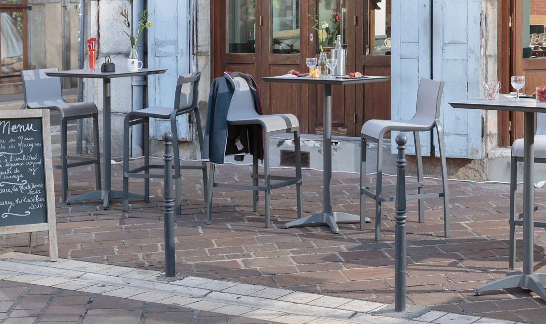 Questions to Ask Before Buying Restaurant Patio Furniture